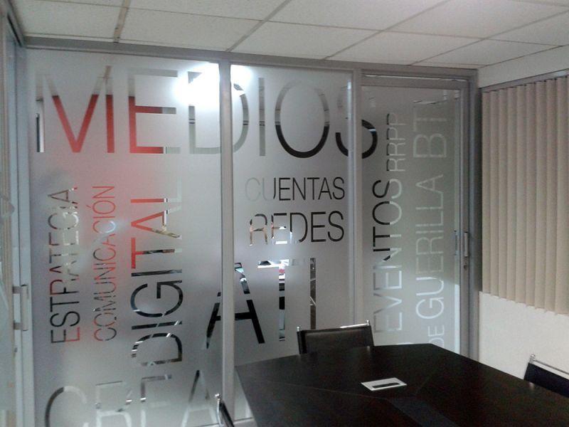 Divisiones En Vidrio Con Screen Dise 241 O De Oficinas