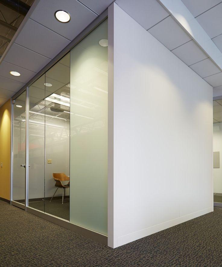 Paredes y muros en drywall dise o de oficinas for Paredes de cristal para oficinas