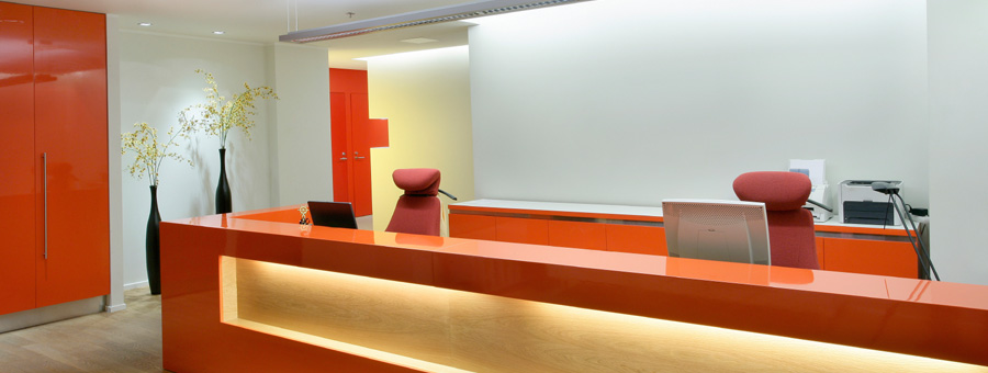 Recepci n para oficina dise o de oficinas for Diseno de muebles de oficina modernos